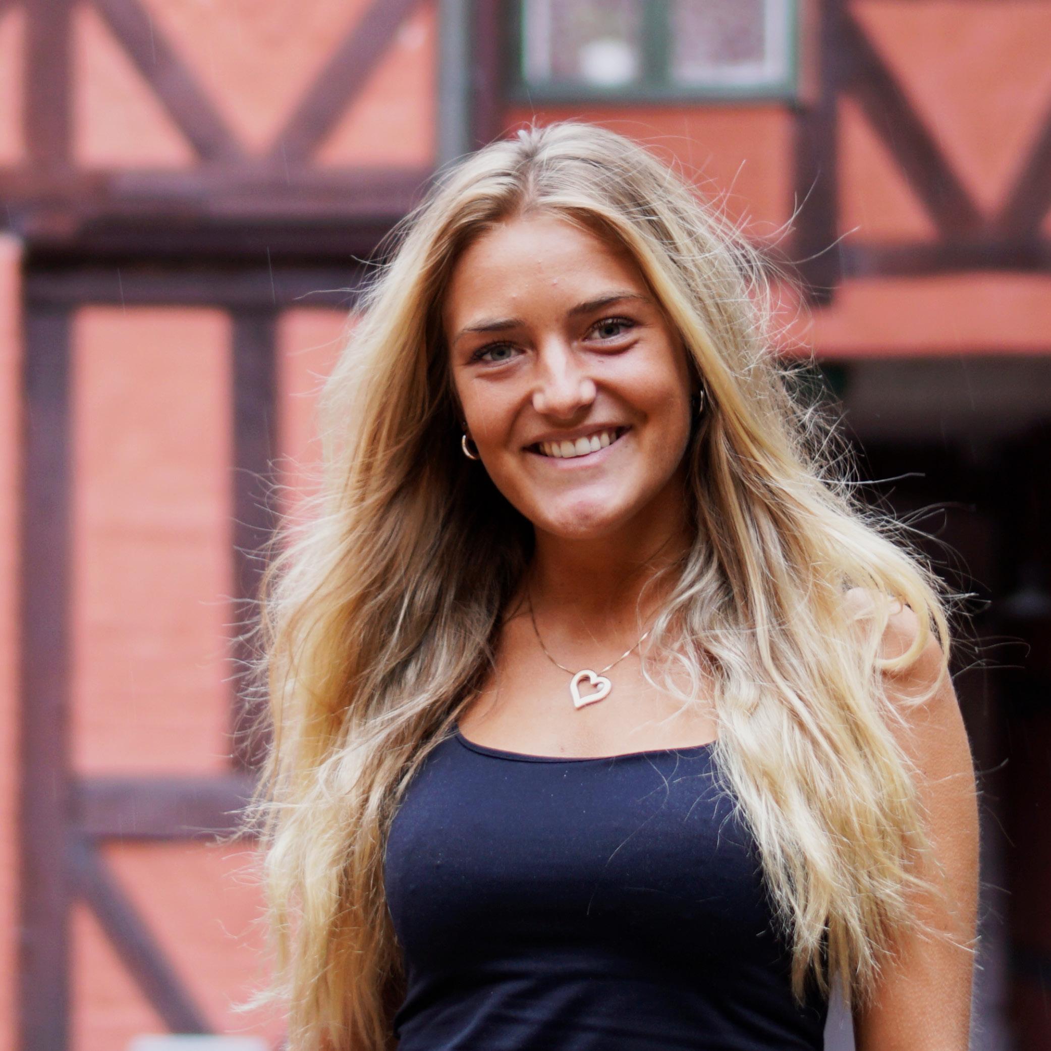 Amanda Eklund Olajos
